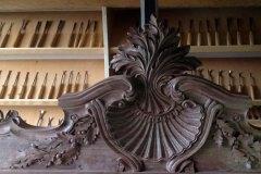 Furniture-Wood-Carving-by-Alexander-Grabovetskiy