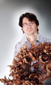 Master Wood Carver Alexander Grabovetskiy