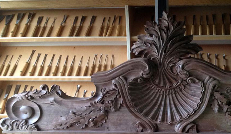 Baroque wood carving about style and period